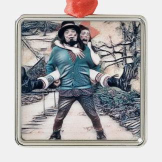 Olijf en Dingo op de bevroren treden Zilverkleurig Vierkant Ornament
