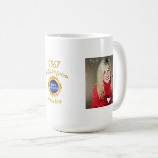 OM HET EVEN WELKE Geboren FOTO van het Jaar KENT Koffiemok