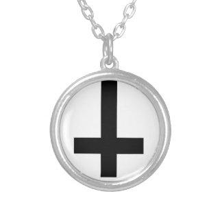 omgekeerd kruis zilver vergulden ketting