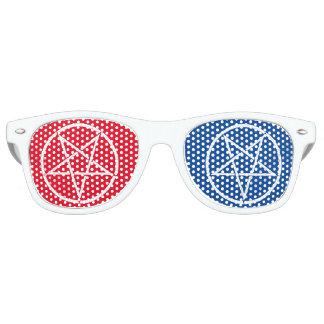 Omgekeerd pentagram met 3D-stijlkleuren Retro Zonnebril