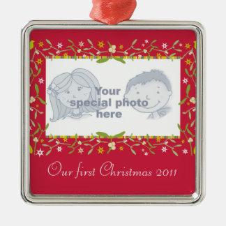 Ons de fotoornament van eerste Kerstmis 2011 Zilverkleurig Vierkant Ornament