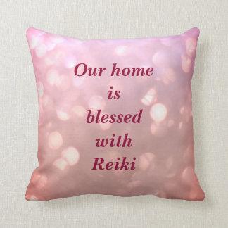 Ons Huis wordt gezegend met Reiki Sierkussen