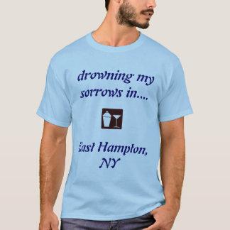 Oosten Hampton die, NY OVERHEMD het DRINK! T Shirt