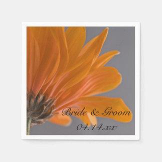 Oranje Daisy op Grijs Huwelijk Papieren Servetten