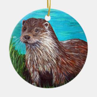 Otter door een Rivier Rond Keramisch Ornament