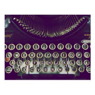 Ouderwetse schrijfmachine briefkaart