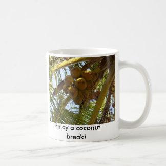 P3190843, geniet van een kokosnotenonderbreking! koffiemok
