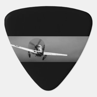 P-51 de start van de mustang in storm gitaar plectrum 0