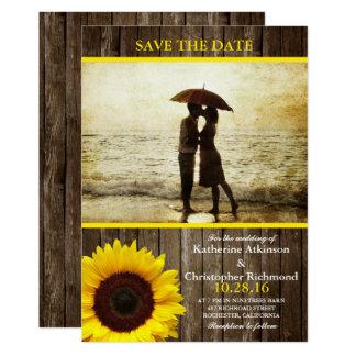 Paar op het strand/zonnebloemthema 12,7x17,8 uitnodiging kaart