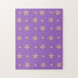 Paars met het Gele Ontwerp van Bloemen en van het Puzzels