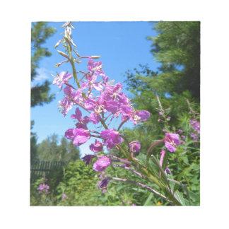 paarse bloem notitieblok