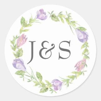 Paarse bloemen bladhuwelijk gepersonaliseerde ronde sticker