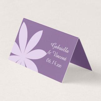 Paarse Daisy Wedding Charity Favors Plaatskaart