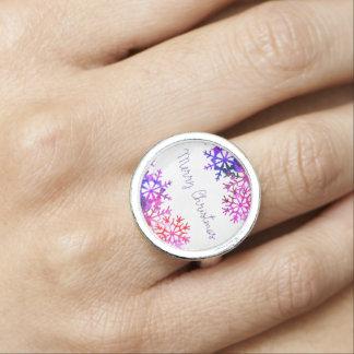 Paarse en Roze Vrolijke Sneeuwvlokken Chistmas Ring