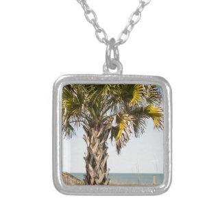 Palmen op de Promenade van de Kust van het Oosten Zilver Vergulden Ketting