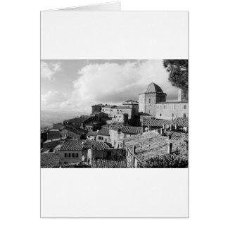 Panorama van Volterra dorp, provincie van Pisa Wenskaart