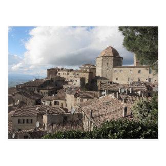 Panorama van Volterra dorp, Toscanië, Italië Briefkaart