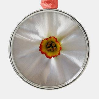 parel witte narcissen zilverkleurig rond ornament