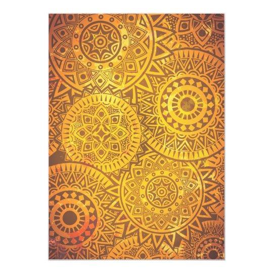 Patroon van faux gouden zonnen kaart