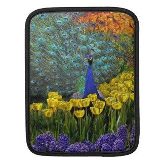 Pauw in Tulpen Beschermhoes Voor iPad