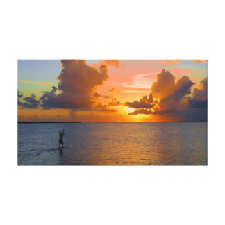 Peddel die in de zonsondergang inschepen stretched canvas prints