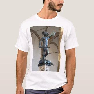 Perseus met het Hoofd van de Kwal T Shirt