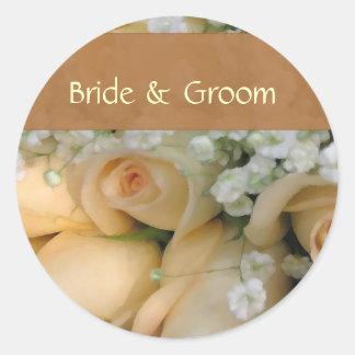 Personaliseer bruid en bruidegomstickers ronde sticker