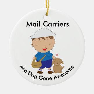 Personaliseer Bruine Hond van de Arbeider van de Rond Keramisch Ornament