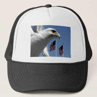 "Pet, ""Vogel en Vlaggen "" Trucker Pet"