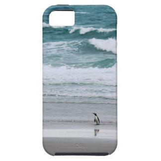 Pinguïn die van de oceaan terugkeert tough iPhone 5 hoesje