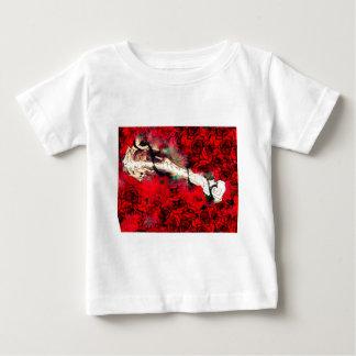 Pistolen en rozen baby t shirts