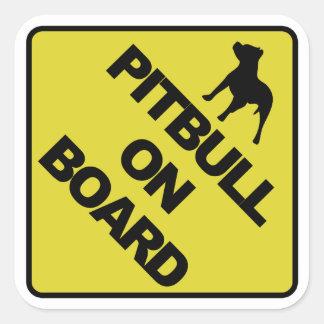 Pitbull aan boord vierkante sticker