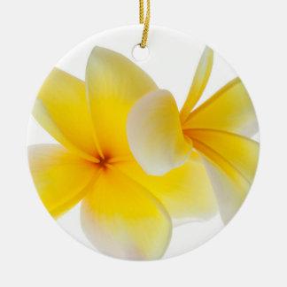 Plumeria bloeit Hawaiiaanse Witte Gele Frangipani Rond Keramisch Ornament