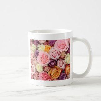 Poeder gekleurde rozen door Therosegarden Koffie Mok