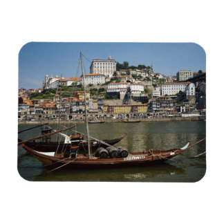 Portugal, Porto, Boot met Wijnvatten Magneet