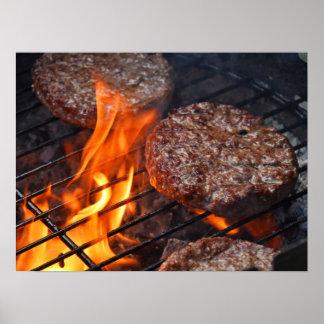 Poster met burgers van de vleesbarbecue en