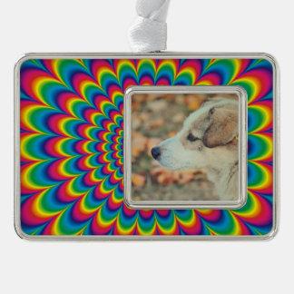 Psychedelische regenboog abstract ontwerp verzilverd omlijst ornament