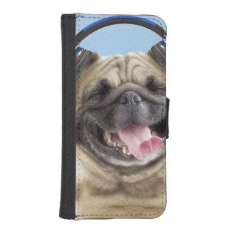 Pug met hoofdtelefoons, pug, huisdier iPhone 5 portemonnee hoesje