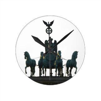 Quadriga van BERLIJN bij de Poort van Brandenburg Ronde Klok