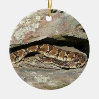 Ratelslang bij Nationaal Park Shenandoah Rond Keramisch Ornament