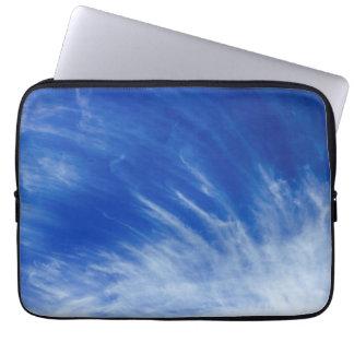 Reis in de Wolken Laptop Sleeve