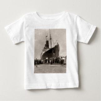 RMS Lusitania komt de Stad 1907 van New York aan T Shirt