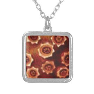 rode bloemcluster zilver vergulden ketting