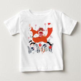 Rode kap berijdende meisje en vos in bloemtuin baby t shirts