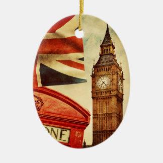 Rode telefooncel en Big Ben in Londen, Engeland Keramisch Ovaal Ornament