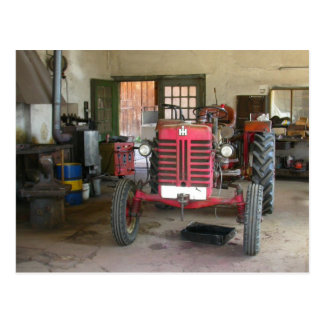 Rode Tractor McGormick Briefkaart