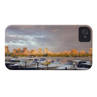 Roeien op Charles River bij schemer iPhone 4 Hoesje