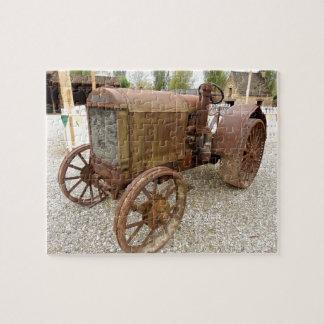 Roestige vintage tractorpuzzel puzzel