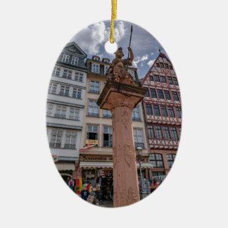 Romer Frankfurt Keramisch Ovaal Ornament