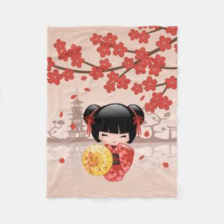 Rood Doll van Sakura Kokeshi - Japanse Geisha Fleece Deken